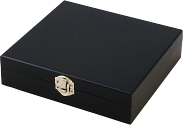 Black Gift Box With Wine Set Of Five Devices