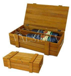 Wooden gift box for two bottles - light